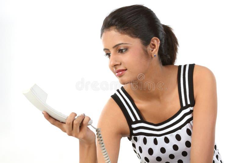 Download νεολαίες τηλεφωνικών δ&epsi Στοκ Εικόνα - εικόνα από περιστασιακός, επικοινωνία: 13179279