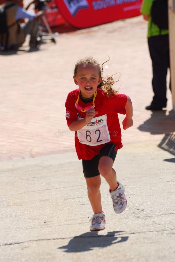 Αθλητής Ironkids μικρών κοριτσιών στοκ εικόνες
