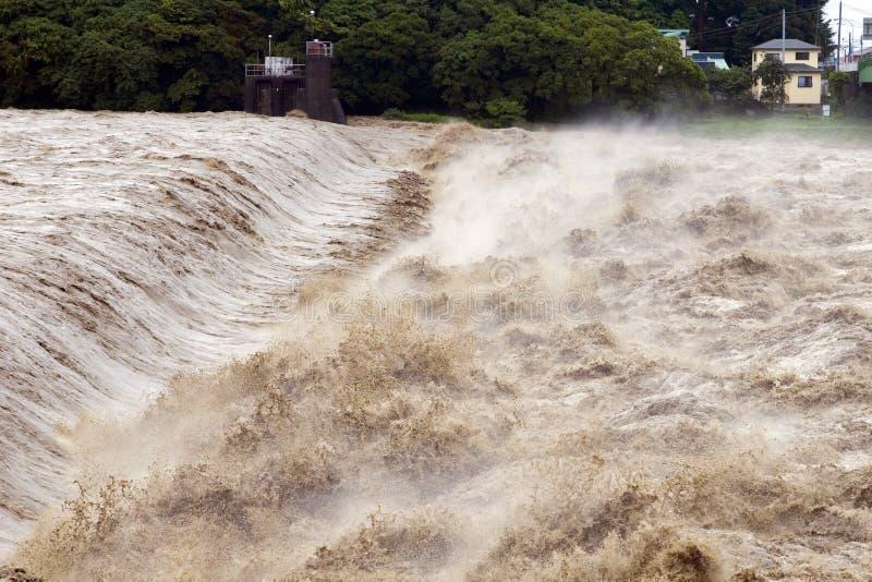 νερά της πλημμύρας λασπώδη στοκ φωτογραφίες με δικαίωμα ελεύθερης χρήσης