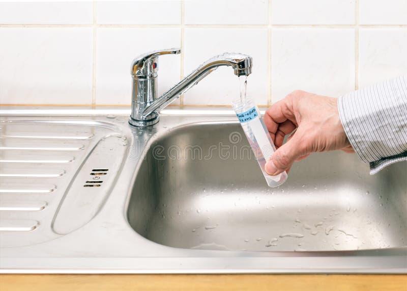 Νερό για την ανάλυση στοκ εικόνες