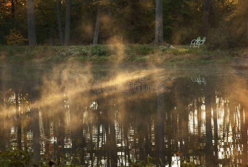 Νερό της Misty στοκ εικόνες