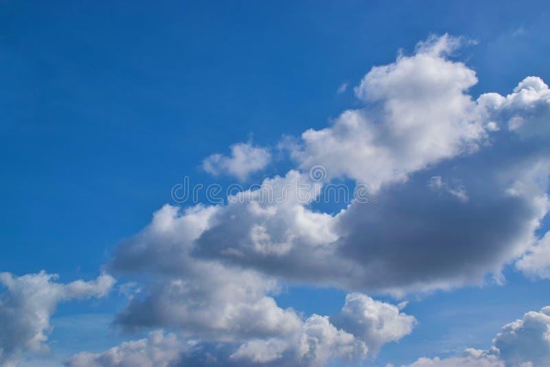 Νεφελώδης ουρανός 0002 στοκ φωτογραφίες