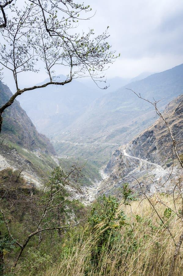 νεφελώδης όψη ημέρας annapurna στοκ εικόνα με δικαίωμα ελεύθερης χρήσης