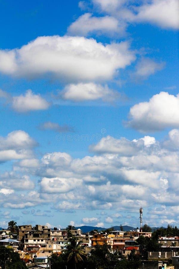 Νεφελώδης ουρανός δύο στοκ εικόνα με δικαίωμα ελεύθερης χρήσης