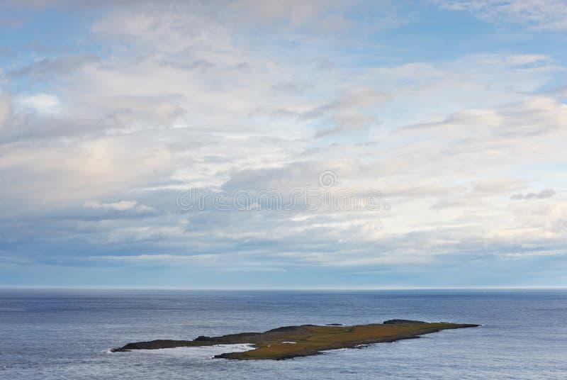 νησί της Ισλανδίας ελάχιστα κοντά skrudur στοκ φωτογραφία με δικαίωμα ελεύθερης χρήσης