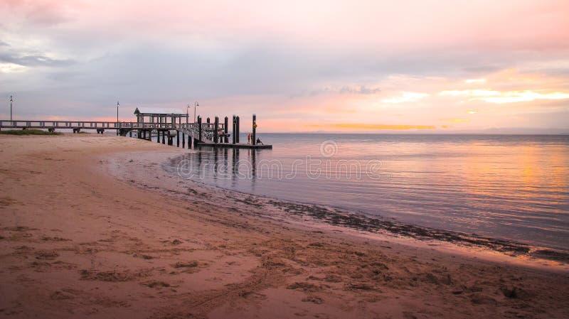 Νησί Bribie στο ηλιοβασίλεμα στοκ εικόνα με δικαίωμα ελεύθερης χρήσης