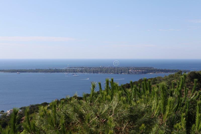 Νησί sainte-Marguerite στο γαλλικό riviera στοκ φωτογραφίες