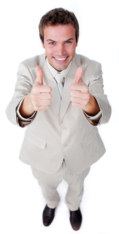 Νικηφορόρος επιχειρηματίας με τους αντίχειρες επάνω στοκ φωτογραφία με δικαίωμα ελεύθερης χρήσης
