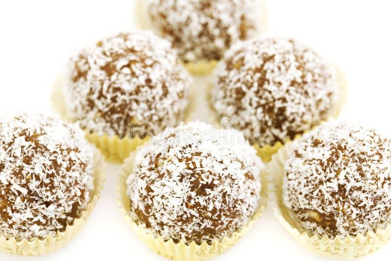 νιφάδες καρύδων κέικ που &omic στοκ φωτογραφίες