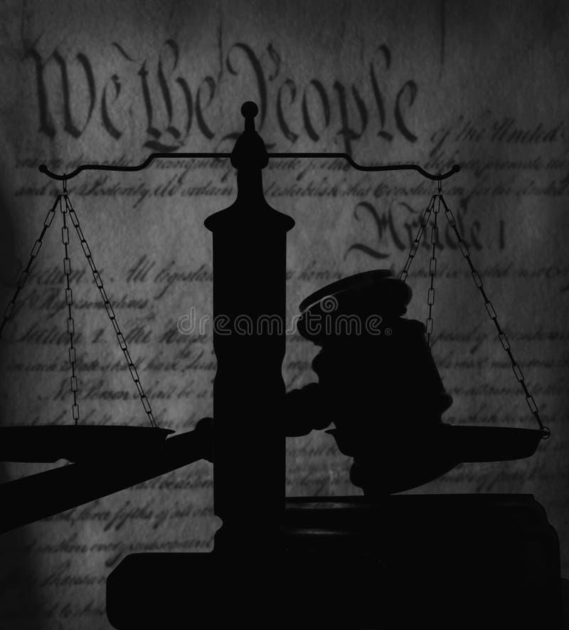 Νομικό gavel και αμερικανικό σύνταγμα στοκ φωτογραφία με δικαίωμα ελεύθερης χρήσης