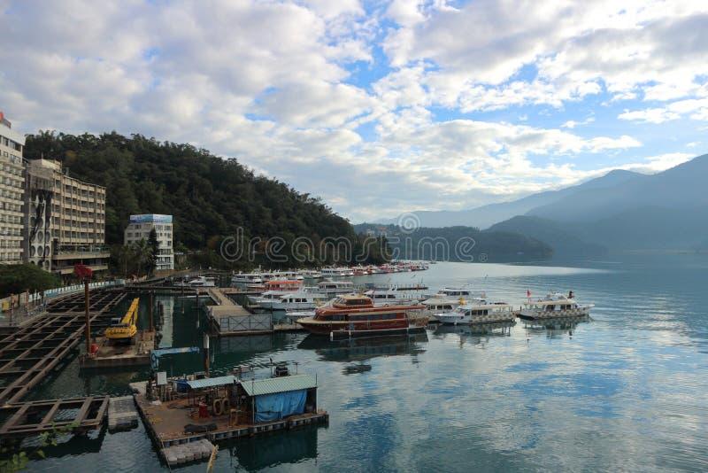 Νομός Ταϊβάν Yuchi Nantou λιμνών φεγγαριών ήλιων στοκ εικόνες