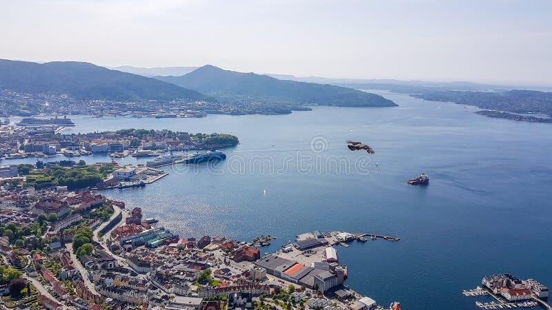 Νορβηγία - Μπέργκεν που βλέπουν άνωθεν στοκ εικόνα