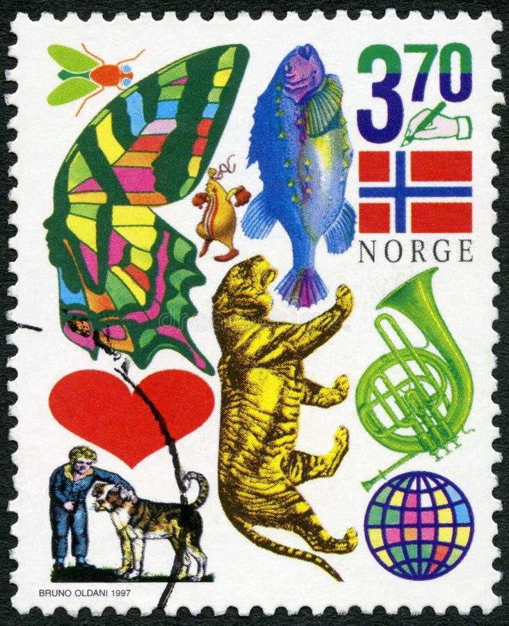 ΝΟΡΒΗΓΙΑ - 1997: παρουσιάζει έντομο, πεταλούδα, ψάρια, σημαία, μάνδρα εκμετάλλευσης χεριών, καρδιά, τίγρη, κέρατο, αγόρι με το σκ στοκ φωτογραφία με δικαίωμα ελεύθερης χρήσης