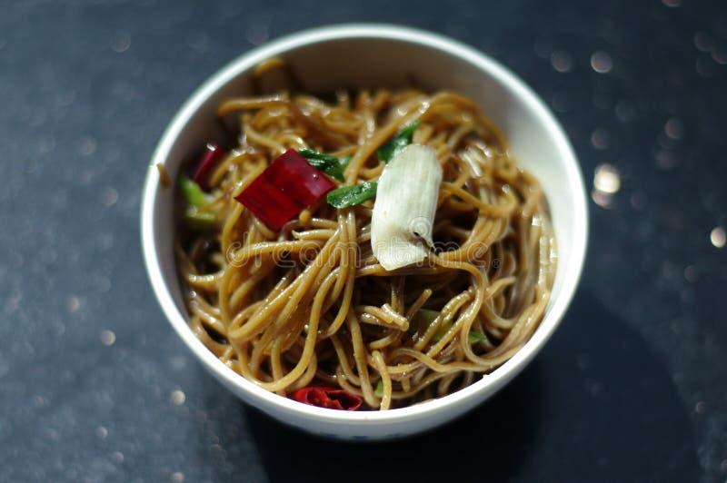 Νουντλς κινέζικα πρόχειρων φαγητών τροφίμων στοκ εικόνες με δικαίωμα ελεύθερης χρήσης