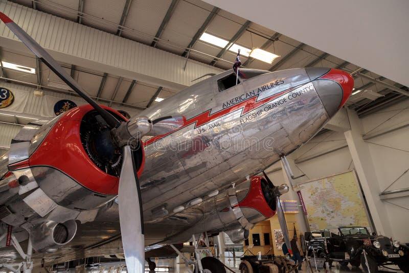 Ντάγκλας ρεύμα-3 αποκαλούμενη αεροπλάνο ναυαρχίδα Κομητεία Orange στοκ εικόνες
