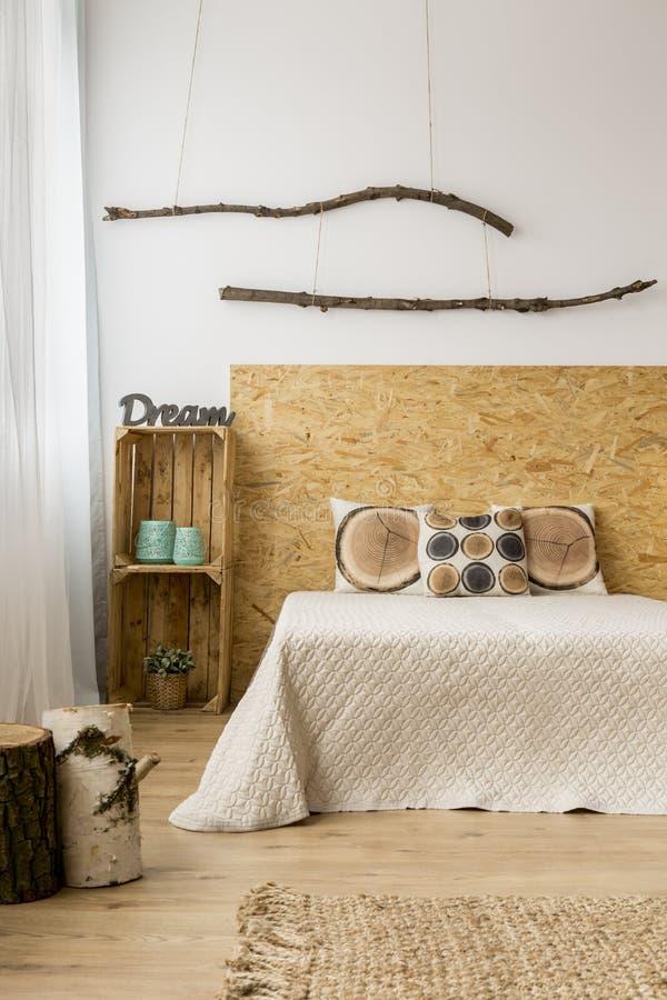 Ντεκόρ κρεβατοκάμαρων φθινοπώρου στοκ εικόνα με δικαίωμα ελεύθερης χρήσης