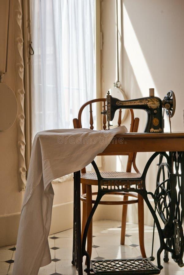Ντεμοντέ ράβοντας μηχανή σε Casa Mila στοκ φωτογραφίες με δικαίωμα ελεύθερης χρήσης