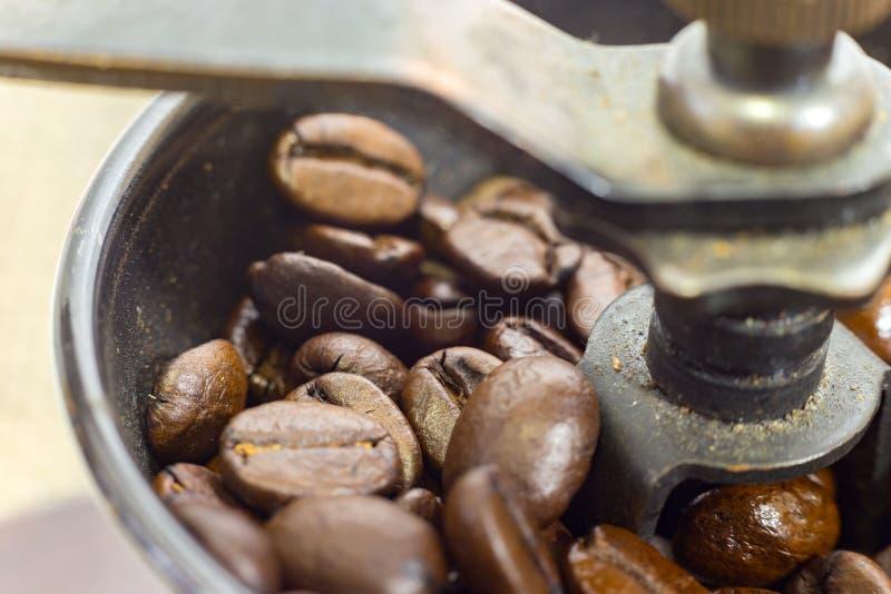 Ντεμοντέ χειρωνακτικός μύλος καφέ στοκ φωτογραφία
