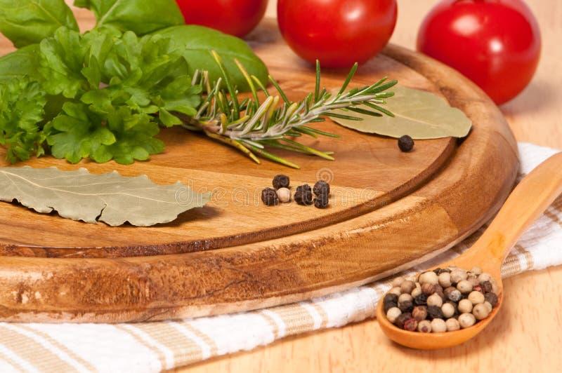 ντομάτα χορταριών στοκ φωτογραφίες με δικαίωμα ελεύθερης χρήσης