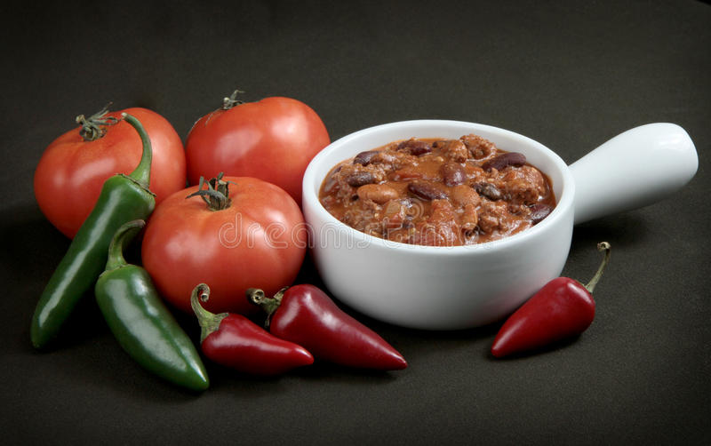 Download ντομάτες πιπεριών τσίλι κύπ&eps Στοκ Εικόνα - εικόνα από πικάντικος, τσίλι: 22778807