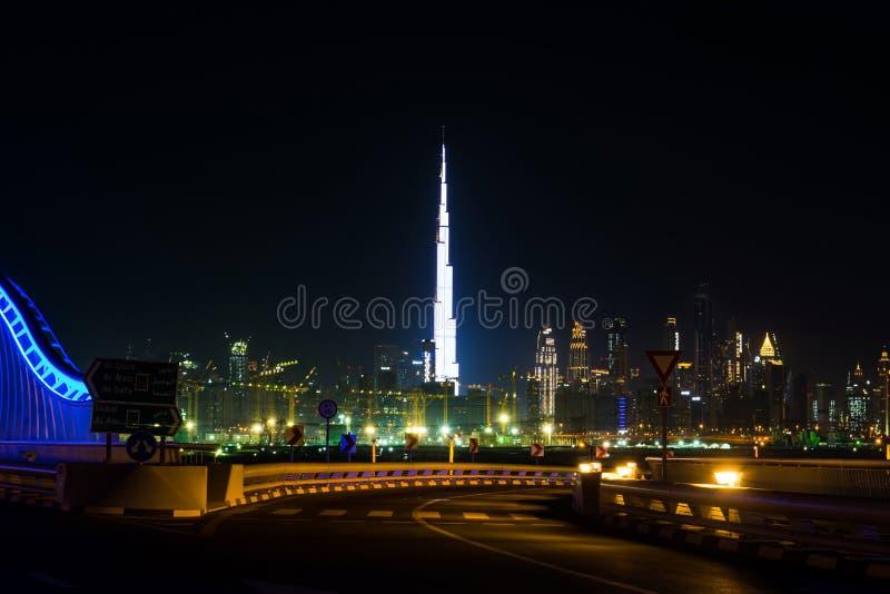 Ντουμπάι, Ηνωμένα Αραβικά Εμιράτα, στις 20 Απριλίου 2018: Στο κέντρο της πόλης άποψη του Ντουμπάι στοκ φωτογραφία με δικαίωμα ελεύθερης χρήσης