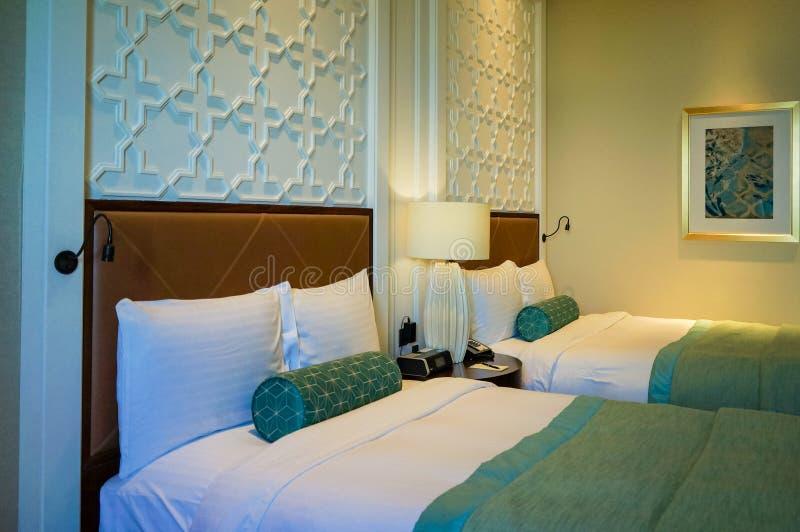 Ντουμπάι Καλοκαίρι 2016 Φωτεινό και σύγχρονο εσωτερικό το ξενοδοχείο Ritz Carlton Ντουμπάι στοκ φωτογραφίες με δικαίωμα ελεύθερης χρήσης