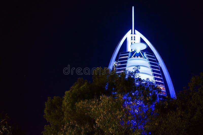 ΝΤΟΥΜΠΑΙ, ΗΝΩΜΕΝΑ ΑΡΑΒΙΚΆ ΕΜΙΡΆΤΑ, Ε.Α.Ε. - 19 ΙΑΝΟΥΑΡΊΟΥ 2018 Ντουμπάι Al Άραβας στη νύχτα, πολυτέλεια 7 Burj όμορφο κτήριο ξενο στοκ φωτογραφίες