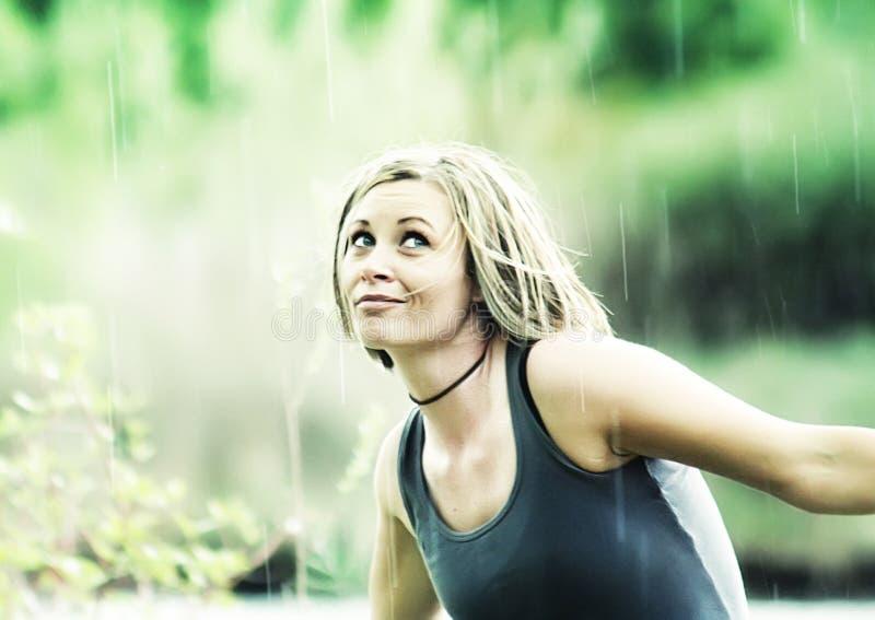 ντους βροχής στοκ φωτογραφία με δικαίωμα ελεύθερης χρήσης