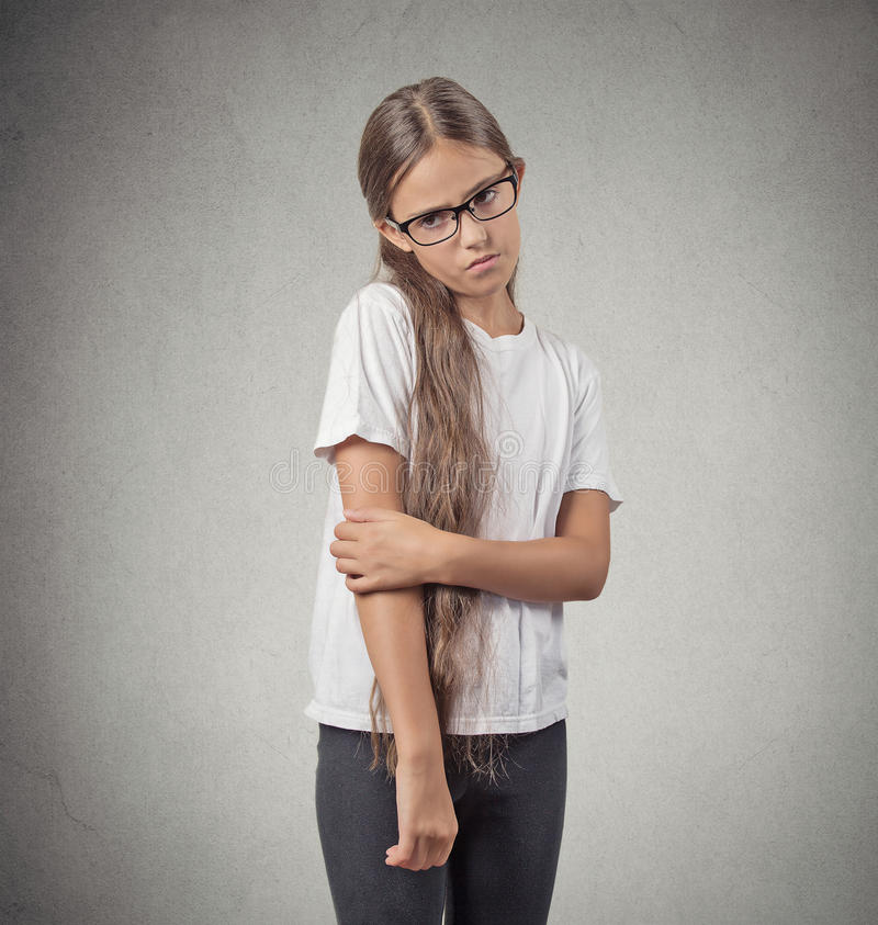 Ντροπαλό κορίτσι εφήβων στοκ φωτογραφία με δικαίωμα ελεύθερης χρήσης