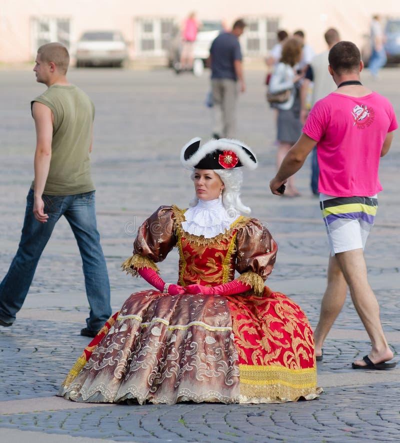 Ντυμένος ως κυρία 18 αιώνα, Αγία Πετρούπολη στοκ φωτογραφία