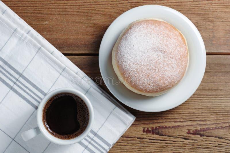 Ντόνατ και καφές στοκ φωτογραφία