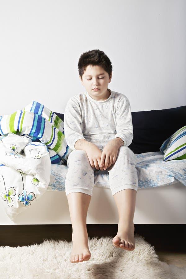 Νυσταλέο αγόρι στοκ εικόνες με δικαίωμα ελεύθερης χρήσης
