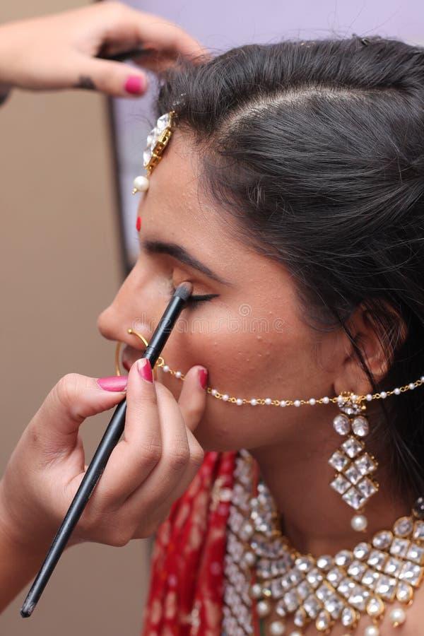Νυφικό makeup - Ινδία στοκ εικόνες με δικαίωμα ελεύθερης χρήσης