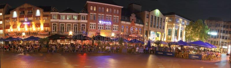 Νυχτερινή ζωή στο Αϊντχόβεν, οι Κάτω Χώρες στοκ εικόνες