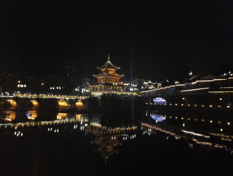 Νυχτερινή προβολή του κτιρίου Jiaxiu, Guiyang City, επαρχία Guizhou στοκ φωτογραφία με δικαίωμα ελεύθερης χρήσης