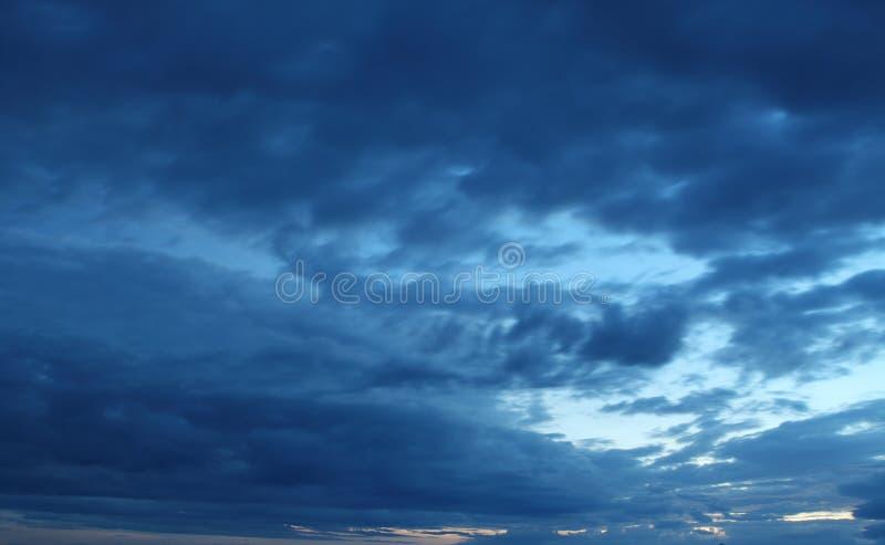νυχτερινός ουρανός αστραπής απεικόνισης αφαίρεσης στοκ φωτογραφία