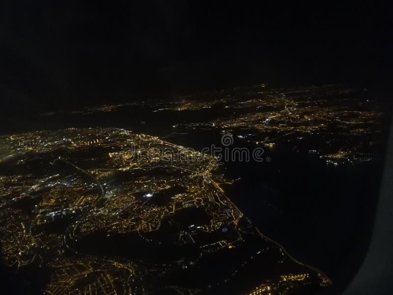 Νυχτερινός ουρανός Λισσαβώνα στοκ φωτογραφία