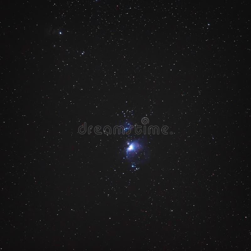 Νυχτερινός ουρανός με τα αστέρια και το κεντρικό μέρος του αστερισμού Ο στοκ φωτογραφία με δικαίωμα ελεύθερης χρήσης