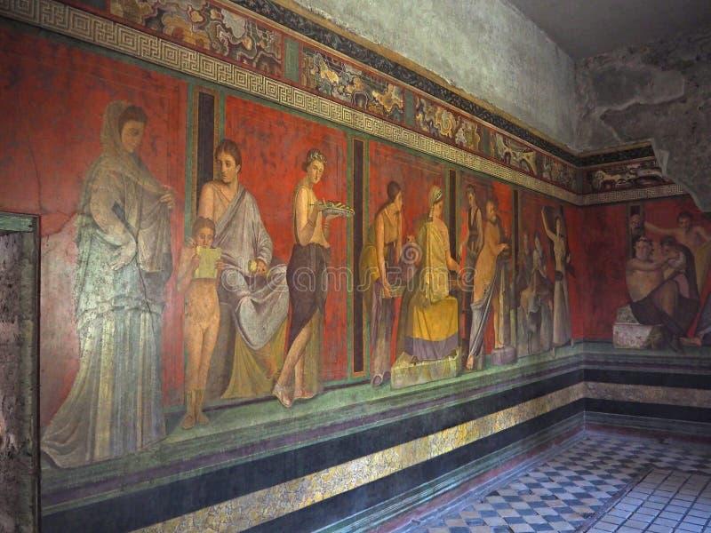 Νωπογραφία τοίχων στη βίλα σπιτιών της Πομπηίας των μυστηρίων, πριν από 79 Γ στοκ φωτογραφία
