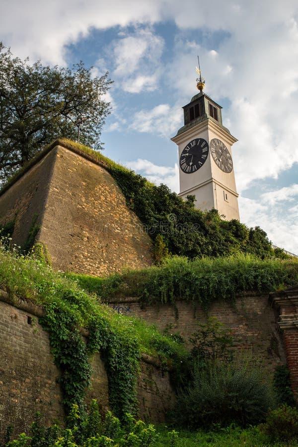 Νόβι Σαντ - Σερβία - παλαιός πύργος ρολογιών στοκ εικόνες