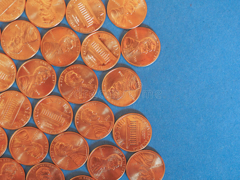 Νόμισμα ενός δολαρίου σεντ, Ηνωμένες Πολιτείες πέρα από το μπλε στοκ εικόνες με δικαίωμα ελεύθερης χρήσης