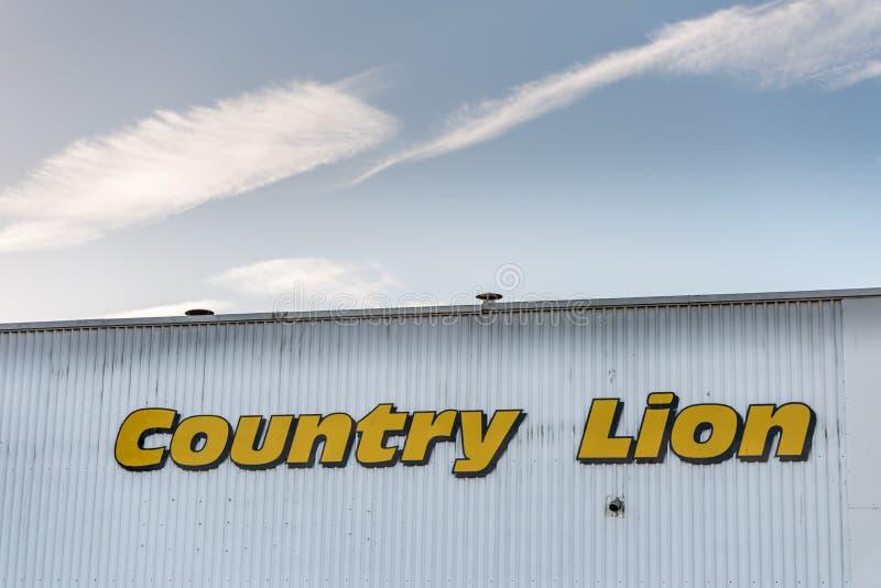 Νόρθαμπτον UK στις 7 Δεκεμβρίου 2017: Σημάδι λογότυπων μίσθωσης λεωφορείων λεωφορείων λιονταριών χώρας στη βιομηχανική περιοχή Br στοκ φωτογραφία