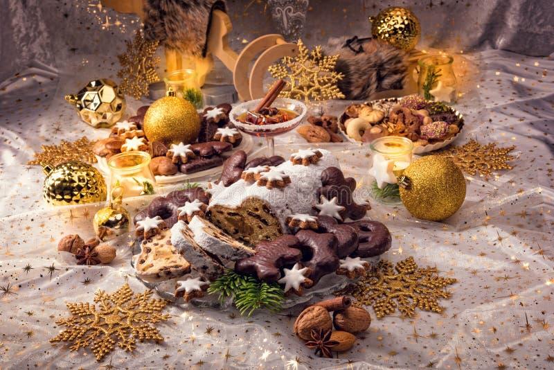 Νόστιμα Χριστούγεννα Stollen στοκ εικόνα