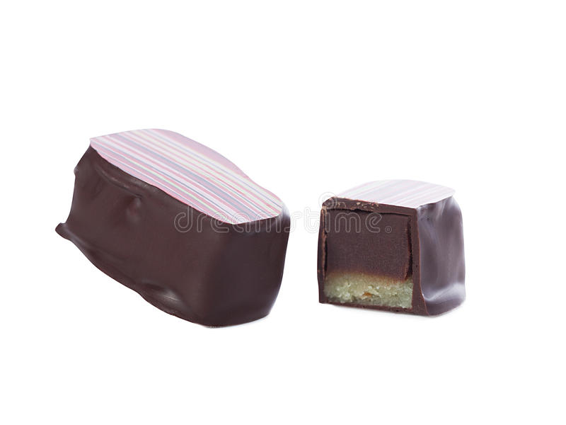 Νόστιμη καραμέλα σοκολάτας - συνολικά και μισός στοκ φωτογραφίες