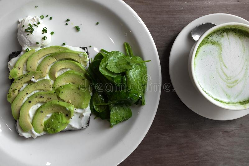 Νόστιμο πράσινο χορτοφάγο macha γεύματος στοκ φωτογραφία με δικαίωμα ελεύθερης χρήσης