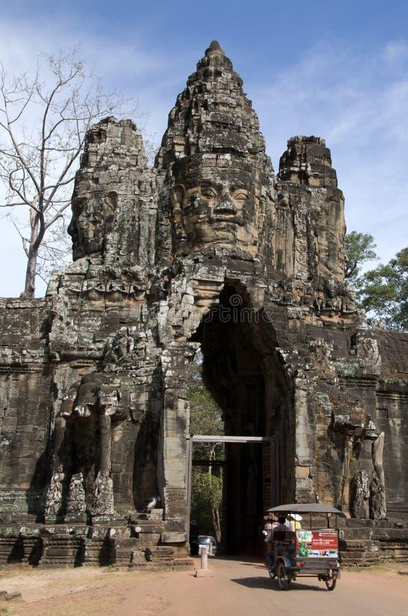 Νότια πύλη Thom Angkor στοκ φωτογραφία με δικαίωμα ελεύθερης χρήσης