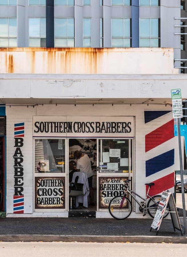 Νότιοι διαγώνιοι κουρείς στην οδό στο κέντρο της πόλης Δαρβίνος, Αυστραλία του Bennett στοκ εικόνες