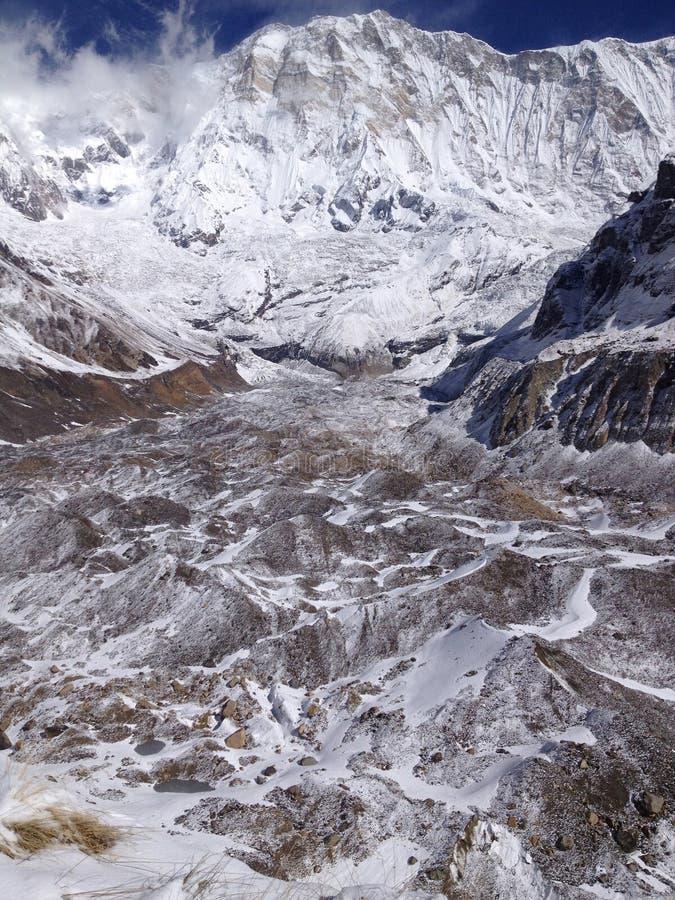 Νότος Annapurna και στρατόπεδο και παγετώνας βάσεων - Νεπάλ στοκ φωτογραφίες
