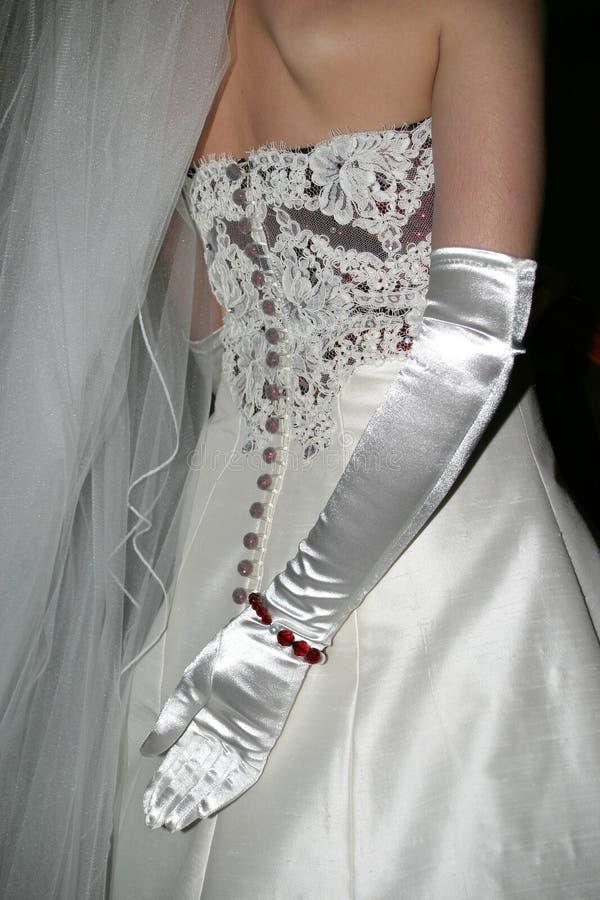 νύφη που φορούν γάντια στοκ εικόνες