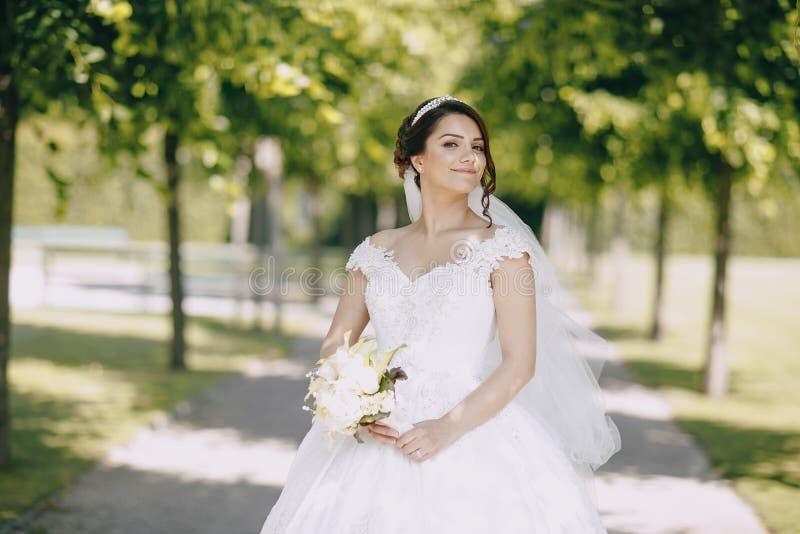 Νύφη στην κορώνα στοκ φωτογραφία με δικαίωμα ελεύθερης χρήσης